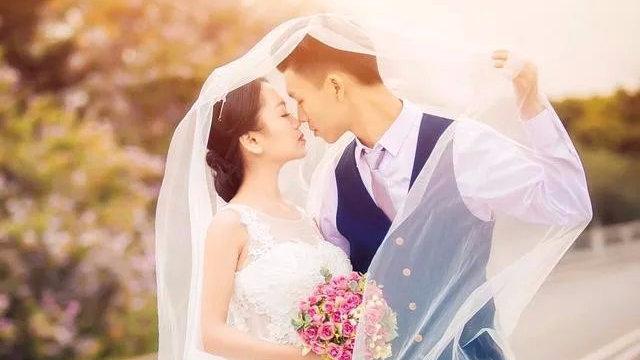 心測塔羅:選一張牌,預測你以后的婚姻 準到哭!