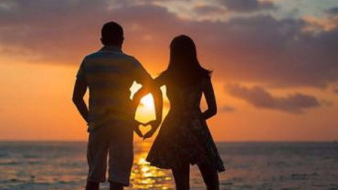 塔羅牌占卜:測你今年能否遇見真愛?真的好準!
